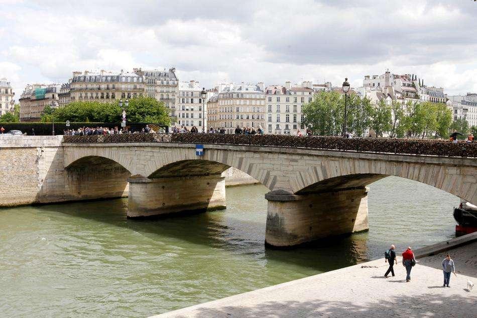 Hôtel des Deux Iles - Paris